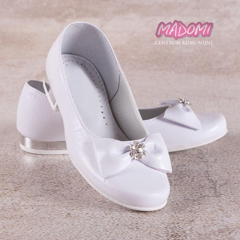 41642c4f76db białe obuwie komunijne dziewczęce baleriny z kokardą Miko 800