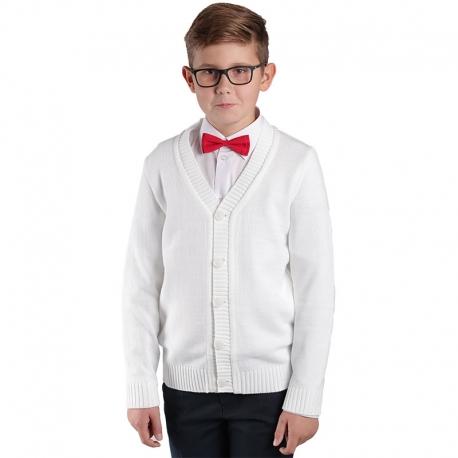 Białe sweterki chłopięce w serek zapinane na guziki KCH-G